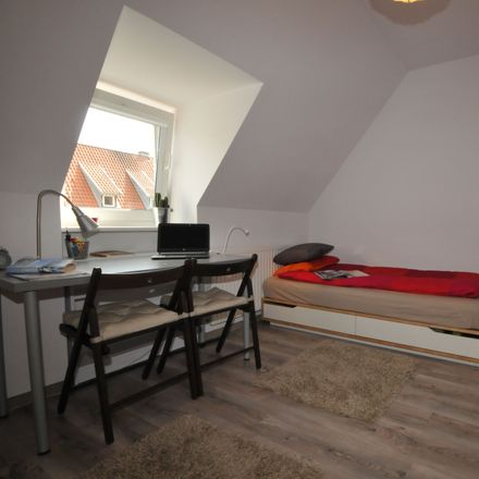 Rent this 3 bed room on Pawia 73 in 01-030 Warsaw, Poland
