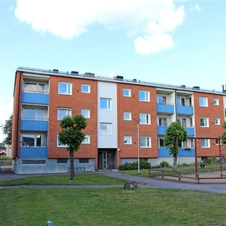 Rent this 3 bed apartment on Vitalagatan in 574 32 Vetlanda, Sweden