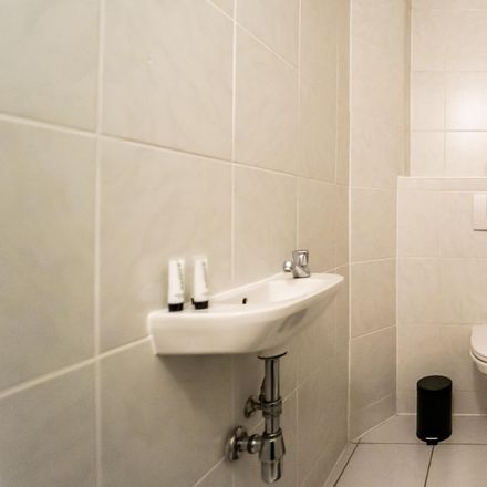 Rent this 2 bed apartment on Grimmgasse 39 in 1150 Wien, Austria