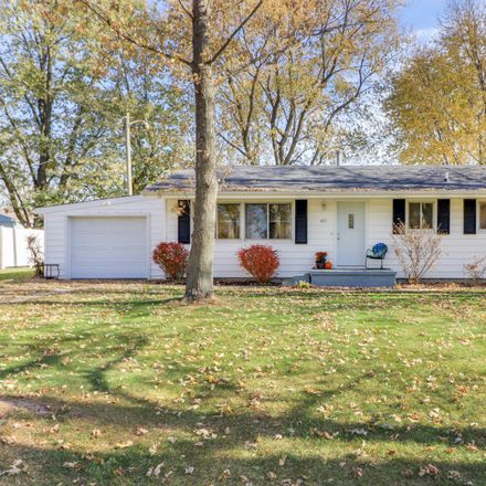 Rent this 2 bed house on 401 North Chestnut Street in Stanford, IL 61774