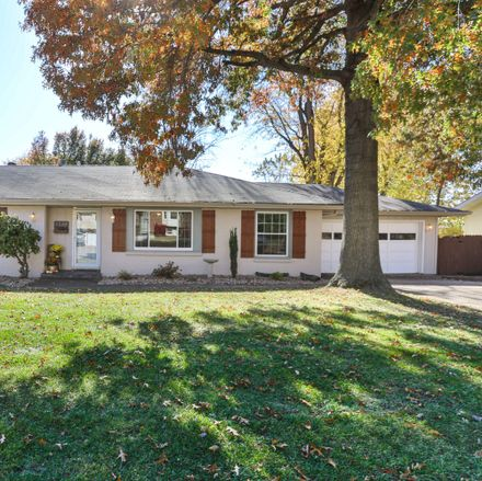 Rent this 3 bed house on 3844 W Birchwood St in Springfield, MO