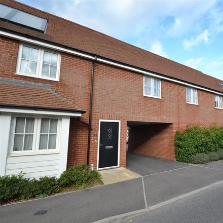 Rent this 2 bed apartment on Whittaker Drive in Horley RH6 9FB, United Kingdom