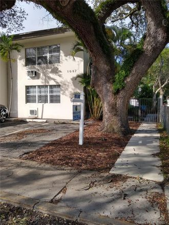 Rent this 0 bed apartment on 1007 Southeast 2nd Court in Fort Lauderdale, FL 33301