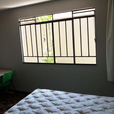 Rent this 5 bed room on Rua Fernando Amaro in 692, Curitiba - PR