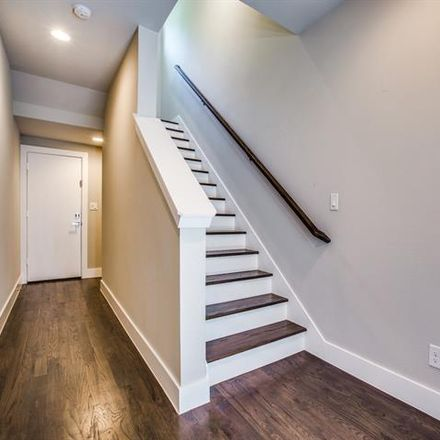 Rent this 2 bed condo on 1918 Ashby Street in Dallas, TX 75204