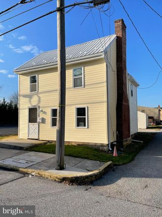 Rent this 3 bed house on S Peters St in New Oxford, PA