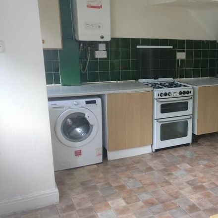 Rent this 3 bed house on Park View Avenue in Leeds LS4 2LH, United Kingdom