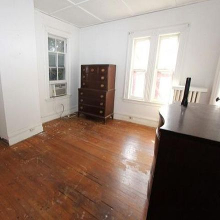 Rent this 4 bed house on Norwood Presbyterian Church in Broadway, Norwood