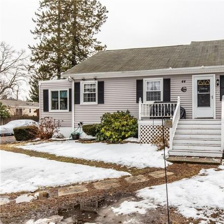 Rent this 3 bed house on 44 Killey Avenue in Warwick, RI 02889