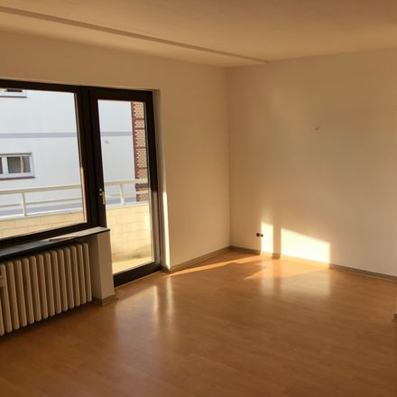 Rent this 2 bed apartment on Königswinterer Straße in 53227 Bonn, Germany
