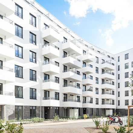Rent this 3 bed apartment on Kiefholzstraße 126 in 12437 Berlin, Germany