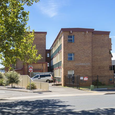 Rent this 1 bed apartment on 6/163 Hume Street