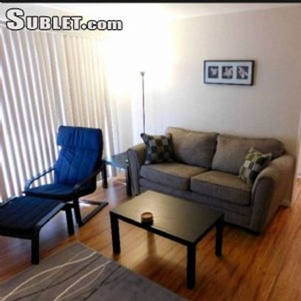 Rent this 1 bed apartment on 1443 Felspar Street in San Diego, CA 92109