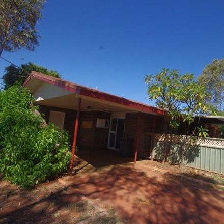 Rent this 3 bed house on 27 Keedi Road