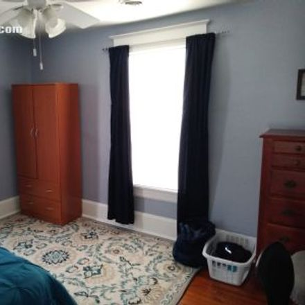 Rent this 3 bed apartment on 1862 Oxford Avenue Southwest in Roanoke, VA 24015
