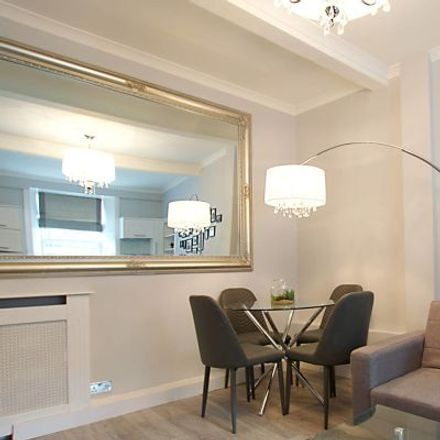 Rent this 3 bed apartment on 8 King's Stables Road in City of Edinburgh EH1 2JY, United Kingdom