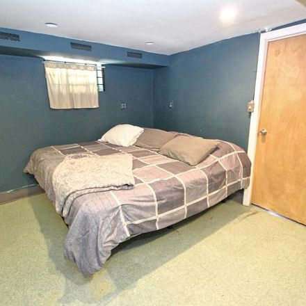Rent this 3 bed house on E 38th St in Brooklyn, NY