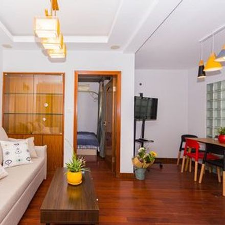 Rent this 3 bed apartment on Jing'an District in 江宁路街道, SHANGHAI