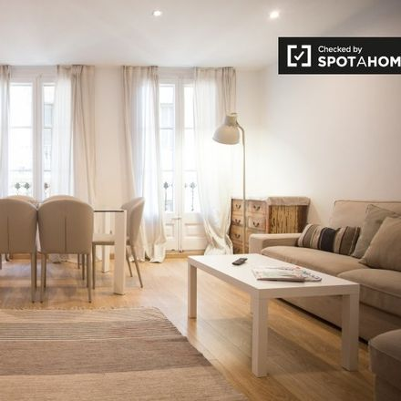 Rent this 3 bed apartment on Pla de Palau in 2, 08003 Barcelona