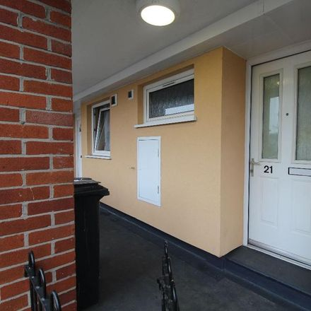 Rent this 1 bed apartment on Drake Close in Royton OL1 3EL, United Kingdom