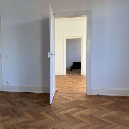 Rent this 5 bed apartment on Technische Oberschule Stuttgart in Hohenheimer Straße 12, 70184 Stuttgart