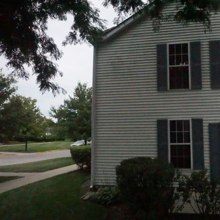 Rent this 3 bed townhouse on 1045 Symphony Drive in Aurora, IL 60504