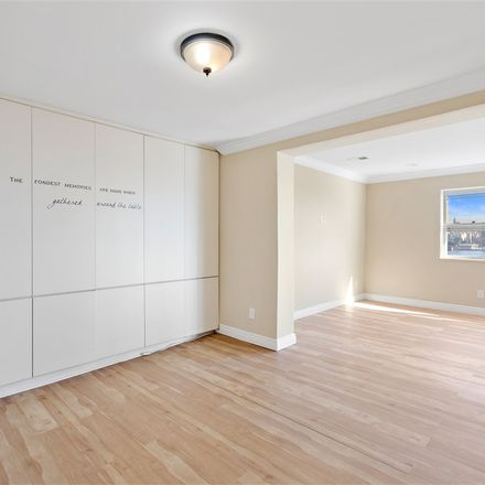 Rent this 3 bed apartment on 8 Zerman Place in Weehawken, NJ 07086