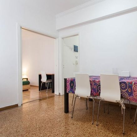 Rent this 3 bed apartment on 3is Septemvriou 77 in Athina 104 34, Greece