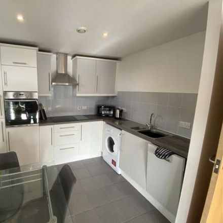 Rent this 2 bed apartment on Elgin House in Golate, Cardiff CF