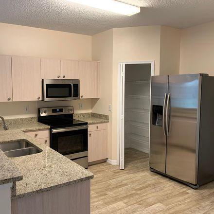 Rent this 3 bed apartment on 957 Bimini Avenue in Melbourne, FL 32901