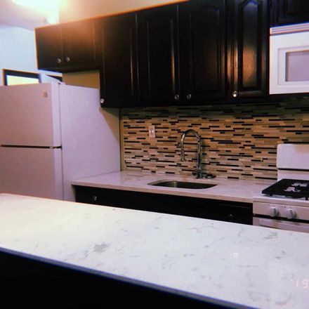 Rent this 2 bed house on 44 Aberdeen Street in New York, NY 11207