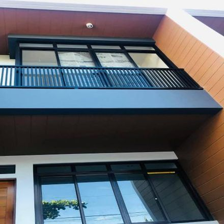 Rent this 3 bed house on Mahogany in Las Piñas, 1750