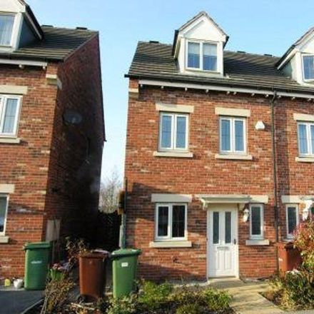 Rent this 3 bed house on Willowmore Fold in Wakefield WF7 6NT, United Kingdom