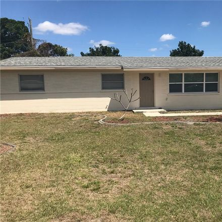 Rent this 3 bed house on 215 Glen Oak Road in Venice Gardens, FL 34293