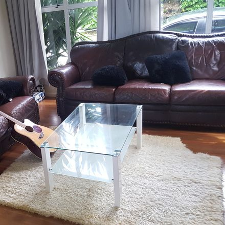 Rent this 1 bed house on Kaipatiki in Beach Haven, AUCKLAND