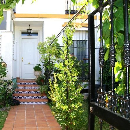 Rent this 2 bed room on Calle Parque de Doñana in 06010 Las Vaguadas, Badajoz