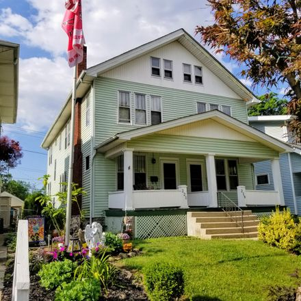 Rent this 3 bed house on 221 Olentangy Street in Columbus, OH 43202