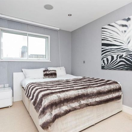Rent this 2 bed apartment on Centurion Building in 376 Queenstown Road, London SW11 8NU