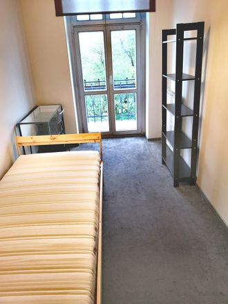 Rent this 5 bed room on Raciborska in 40-074 Katowice, Poland
