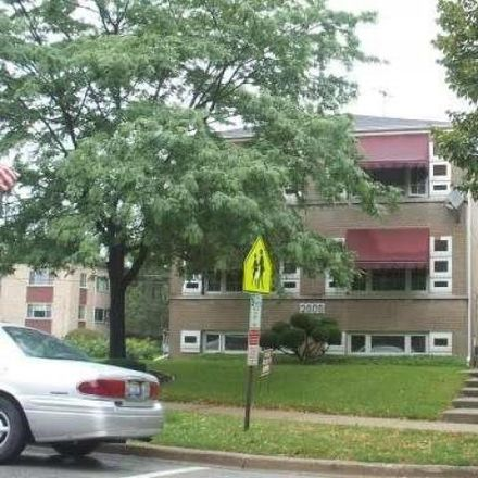 Rent this 3 bed condo on 2591 Flossmoor Road in Flossmoor, IL 60422