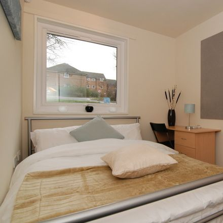 Rent this 6 bed room on All Saints Catholic High School in Norfolk Park Road, Sheffield S2 3QG
