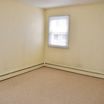 Rent this 2 bed duplex on 111 9th Street North in Brigantine, NJ 08203