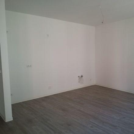 Rent this 1 bed apartment on CBZ Bildungszentrum Schmitt e.K. in Brunnenstraße 20, 08056 Zwickau