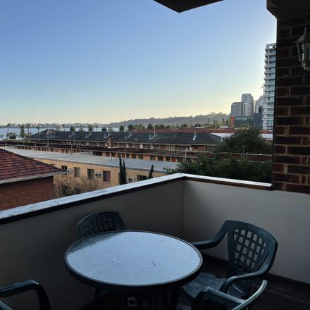 Rent this 1 bed apartment on Unit 11/29 Hill Street
