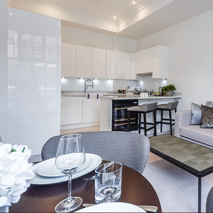 Rent this 1 bed apartment on Rainville Road in London W6 9HN, United Kingdom