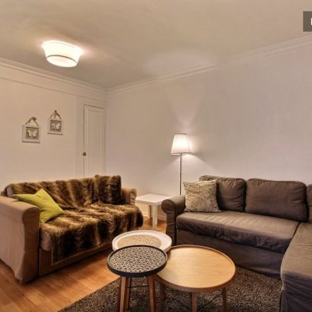 Rent this 1 bed apartment on 28 Rue des Sablons in 75016 Paris, France