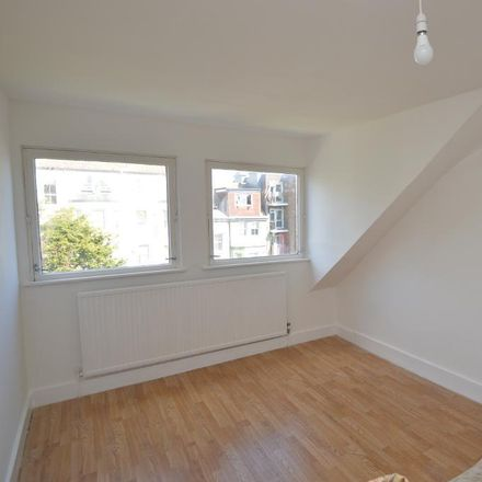 Rent this 2 bed apartment on Kenilworth Road in Hastings TN38 0JD, United Kingdom