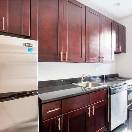 Rent this 3 bed apartment on 159 East 92nd Street in New York, NY 10128