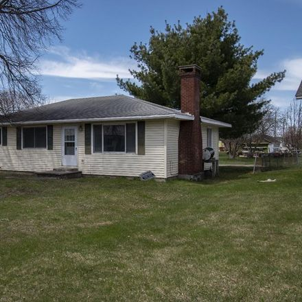 Rent this 3 bed house on 19 Ell Street in Ticonderoga, NY 12883