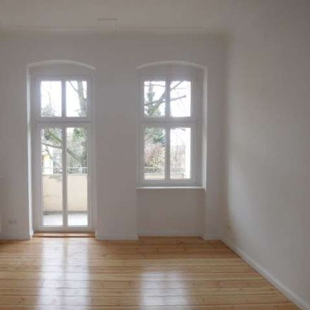 Rent this 3 bed apartment on Eichborndamm 70 in 13403 Berlin, Germany